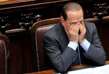 Berlusconi e i fantasmi: «La villa di Arcore è maledetta»