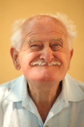 """82enne coltiva 200 piante di marijuana ma afferma: """"Era per le mie galline"""""""